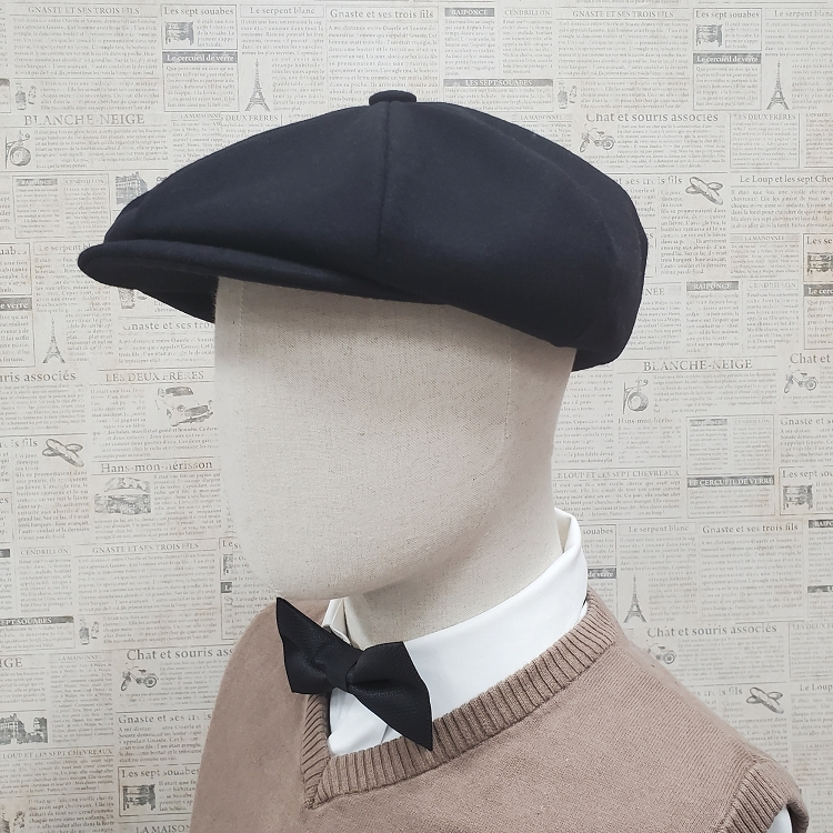 Black Wool Apple Newsboy Cap